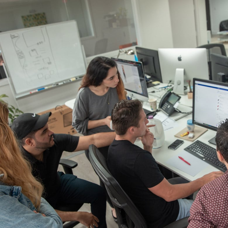 absolute-web-miami-team-at-work-5